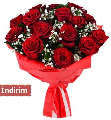 12 Adet kırmızı aşk gülleri  Artvin çiçek satışı