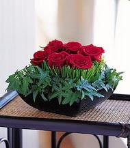 Artvin çiçek siparişi sitesi  10 adet kare mika yada cam vazoda gül tanzim