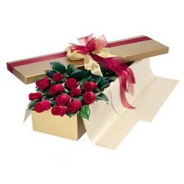 Artvin cicekciler , cicek siparisi  10 adet kutu özel kutu
