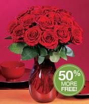 Artvin çiçek gönderme sitemiz güvenlidir  10 adet Vazoda Gül çiçek ideal seçim