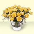 Artvin çiçekçi telefonları  11 adet sari gül cam yada mika vazo içinde
