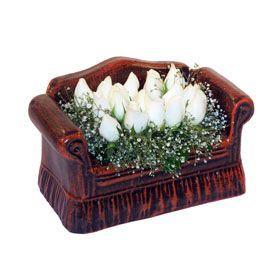 seramik içerisinde 11 gül  Artvin hediye çiçek yolla