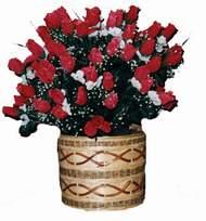 yapay kirmizi güller sepeti   Artvin kaliteli taze ve ucuz çiçekler