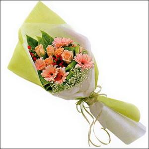 sade güllü buket demeti  Artvin çiçekçi mağazası