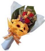 güller ve gerbera çiçekleri   Artvin çiçek gönderme sitemiz güvenlidir