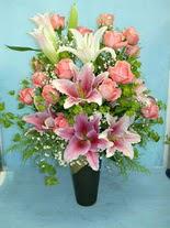Artvin internetten çiçek satışı  cam vazo içerisinde 21 gül 1 kazablanka