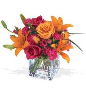 Artvin çiçek mağazası , çiçekçi adresleri  cam içerisinde kir çiçekleri demeti