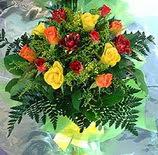 13 adet karisik gül buketi demeti   Artvin uluslararası çiçek gönderme