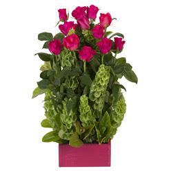 12 adet kirmizi gül aranjmani  Artvin çiçek mağazası , çiçekçi adresleri