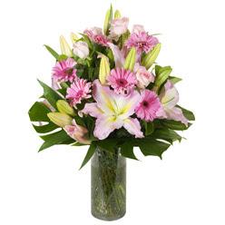 vazo içerisinde karisik mevsim çiçekleri  Artvin internetten çiçek siparişi