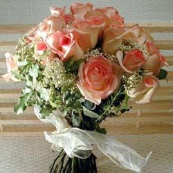 12 adet sonya gül buketi    Artvin çiçek gönderme