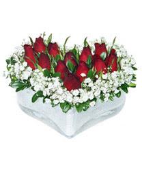 Artvin internetten çiçek siparişi  mika kalp içerisinde 9 adet kirmizi gül
