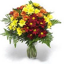 Artvin çiçek siparişi sitesi  Karisik çiçeklerden mevsim vazosu