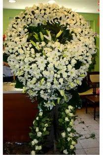 Cenaze çelenk , cenaze çiçekleri , çelengi  Artvin çiçek satışı