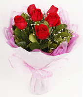 9 adet kaliteli görsel kirmizi gül  Artvin çiçek gönderme