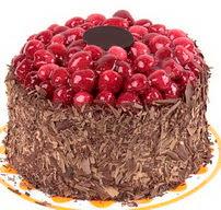 çikolatali franbuazli yas pasta 4 ila 6  Artvin çiçek gönderme