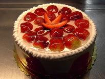 Meyvali yas pasta 4 ile 6 kisilik pasta  Artvin çiçek siparişi sitesi
