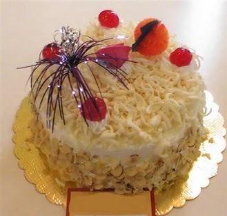 pasta siparisi 4 ile 6 kisilik yaspasta mis lezzette  Artvin çiçekçi telefonları