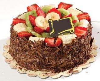 pastaci firmasindan 4 ile 6 kisilik çikolata meyvali yaspasta  Artvin çiçek siparişi sitesi