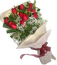 11 adet kirmizi güllerden özel buket  Artvin internetten çiçek siparişi
