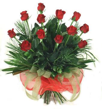Çiçek yolla 12 adet kirmizi gül buketi  Artvin güvenli kaliteli hızlı çiçek