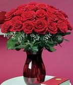 Artvin çiçek online çiçek siparişi  11 adet Vazoda Gül sevenler için ideal seçim
