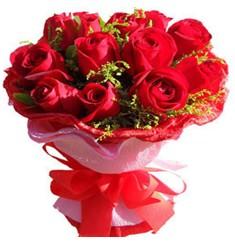 9 adet kirmizi güllerden kipkirmizi buket  Artvin çiçekçiler