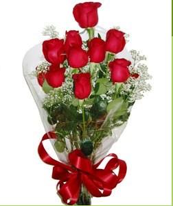 Artvin uluslararası çiçek gönderme  10 adet kırmızı gülden görsel buket