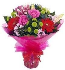 Karışık mevsim çiçekleri demeti  Artvin online çiçek gönderme sipariş