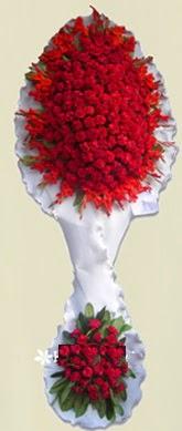 Çift katlı kıpkırmızı düğün açılış çiçeği  Artvin anneler günü çiçek yolla
