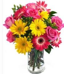 Vazoda Karışık mevsim çiçeği  Artvin çiçekçi mağazası