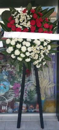 Cenaze çiçeği cenaze çiçek modelleri  Artvin çiçek siparişi sitesi
