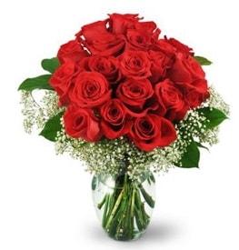 25 adet kırmızı gül cam vazoda  Artvin çiçek , çiçekçi , çiçekçilik