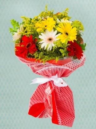 Karışık Gelbera Buketi  Artvin çiçek siparişi sitesi