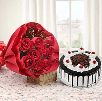 12 adet kırmızı gül 4 kişilik yaş pasta  Artvin çiçek , çiçekçi , çiçekçilik
