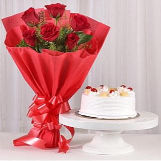 6 Kırmızı gül ve 4 kişilik yaş pasta  Artvin çiçek , çiçekçi , çiçekçilik