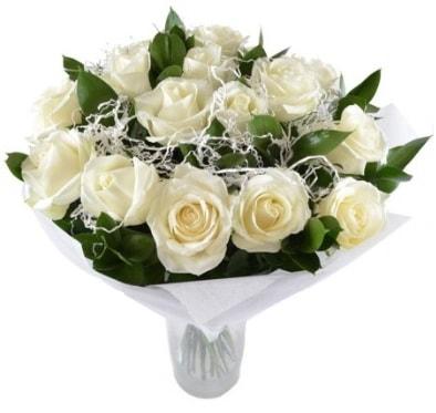 15 beyaz gül buketi sade aşk  Artvin çiçek satışı