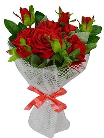 9 adet kırmızı gülden sade şık buket  Artvin çiçekçi telefonları